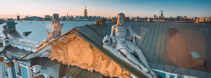 Эрмитаж крыша скульптура